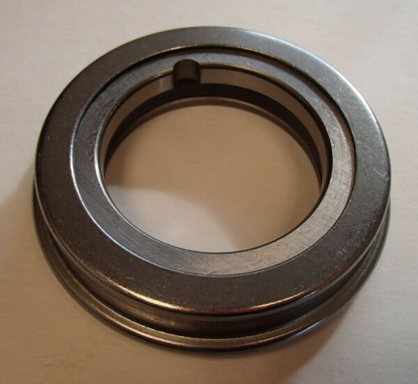Clutch Release Throw Out Bearing For John Deere 1010 1020 1520 2010 2020 2030