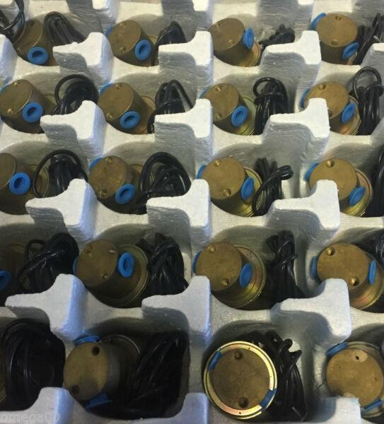 New Parker Honeywell Skinner Pneumatic air Solenoid Valve c3dk1125 24vdc 125 psi