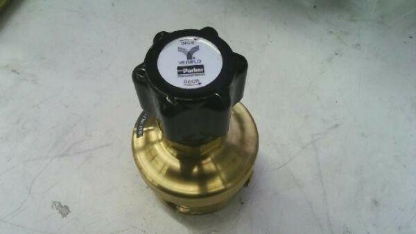 Parker Veriflo HFR900 Series High Flow Instrument Regulator HFR902B4PBX8V