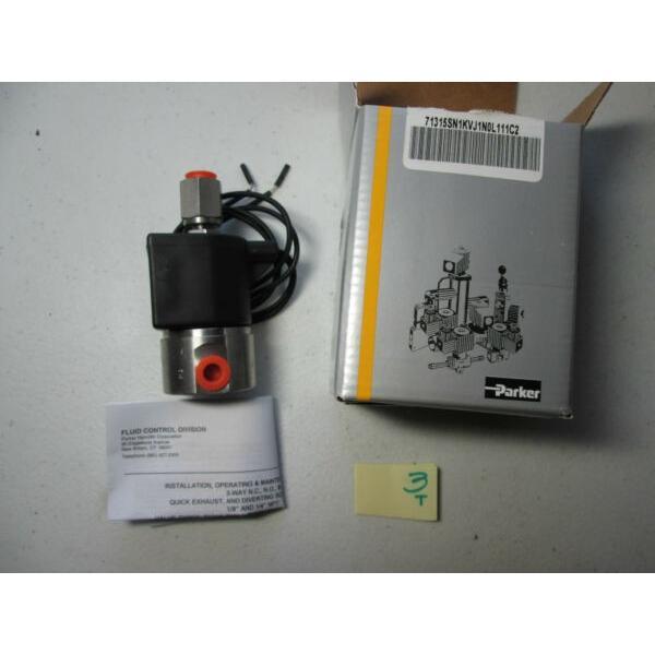 NEW IN BOX PARKER SOLENOID VALVE 71315SN1KVJ1N0L111C2 24VDC 150F 65C  (O3) #1 image